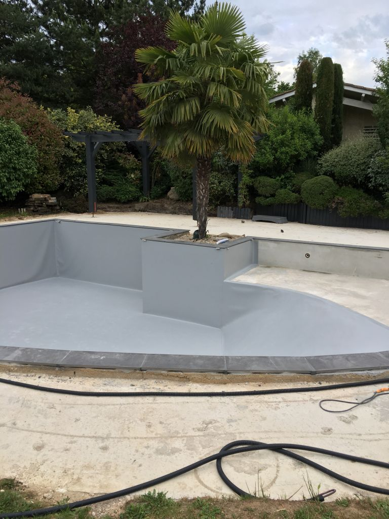 pose-membrane-arme-gris-piscine-vourles